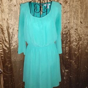Forever 21 size M cold shoulder dress